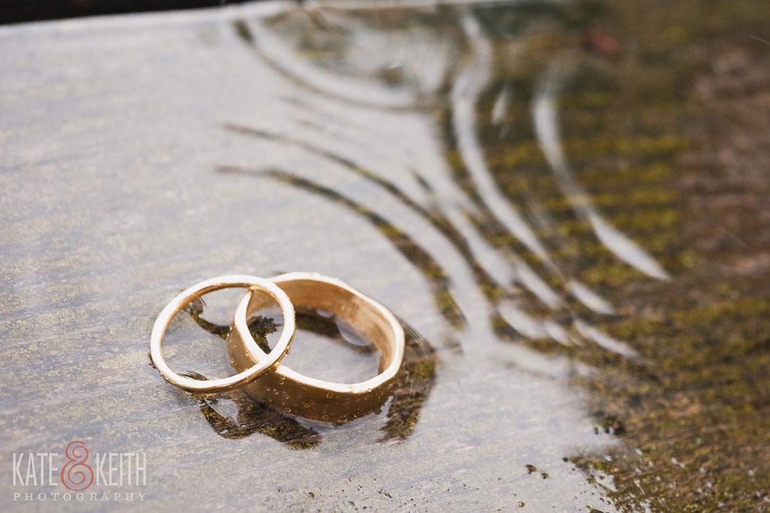 rainy  Cliff Island Wedding rings
